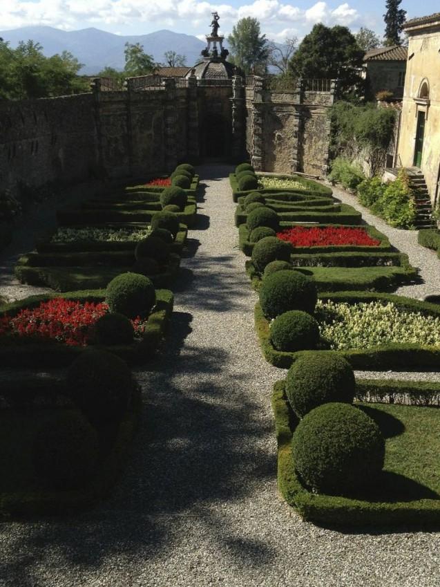 Torrigiani gardens lYLMpjenHO6rJ-I1q4hZEmdUaV1hrDNTnsQUfxe8JqM
